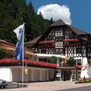 Flair Hotel Adlerbad Fassade