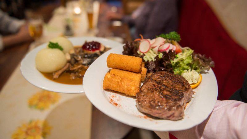Hotel Mellestollen evening meal