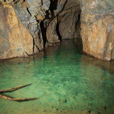 Hotel Mellestollen underground lake