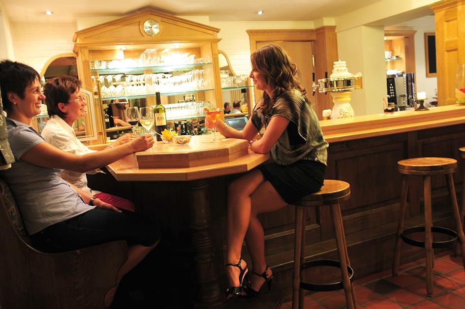 Bar im Flair Hotel Tannenhof im Sauerland