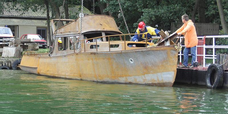 Das Schiffswrack am Tag seiner Versenkung im Arendsee