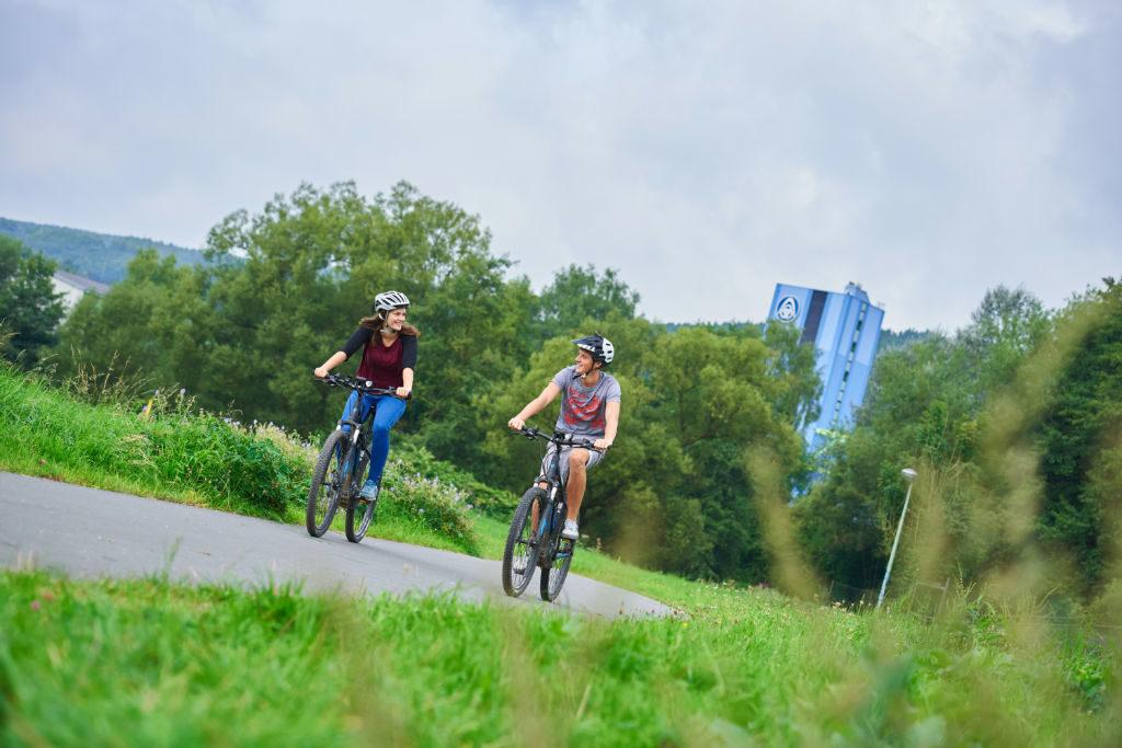 Für Tourenradler ist der SauerlandRadring als Drehscheibe des Radfahrens im Sauerland der ideale Einstieg umd die Region mit dem Rad zu entdecken