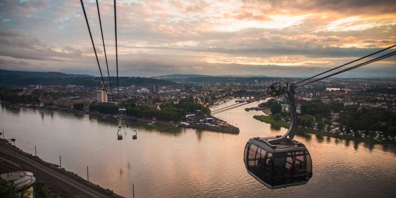In Koblenz geht es per Seilbahn zur Festung Ehrenbreitstein