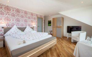Neues Zimmer im Flair Hotel Landgasthaus Krebs in der Eifel