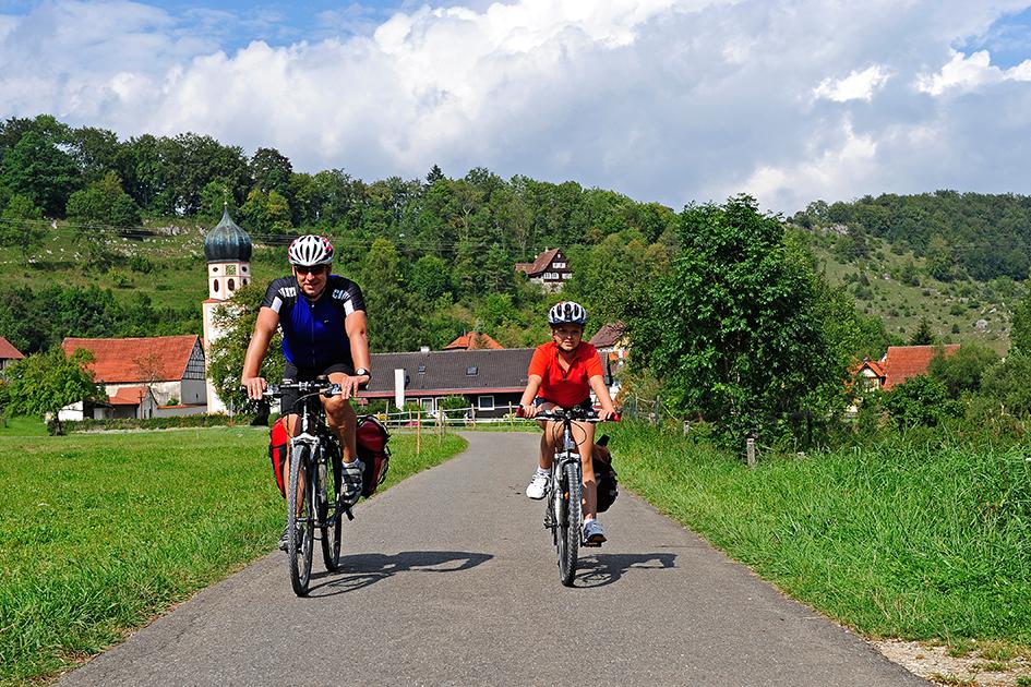 Radfahrer auf dem Lautertal Radweg