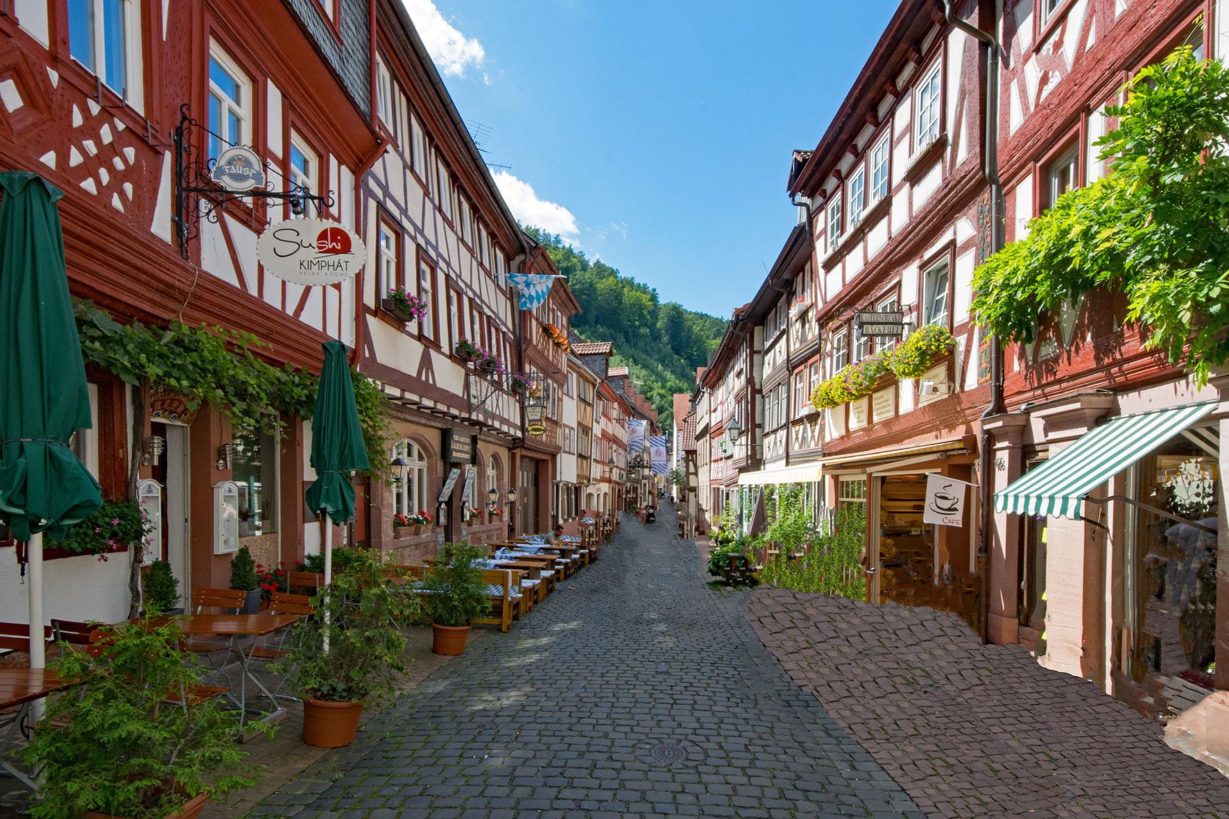 Romantische Gasse in Miltenberg