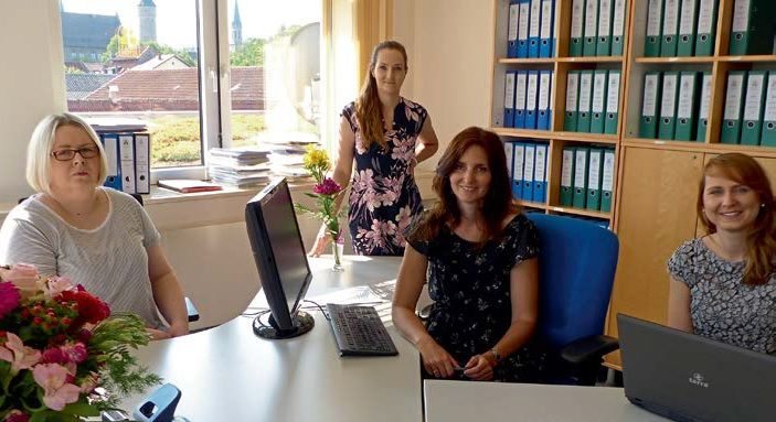 Flair Büro Mitarbeiterinnen